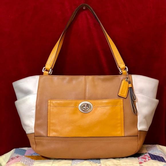 Coach Handbags - COACH PARK COLOR BLOCK LEATHER CARRIE TOTE 2160b03b0fb56